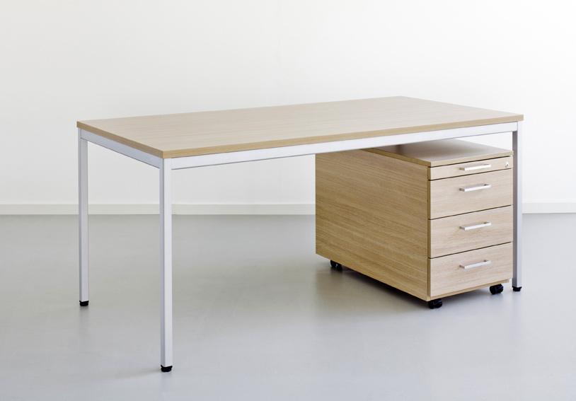 Home Office Möbel - Schreibtisch, Bürotisch: Reiss Standard