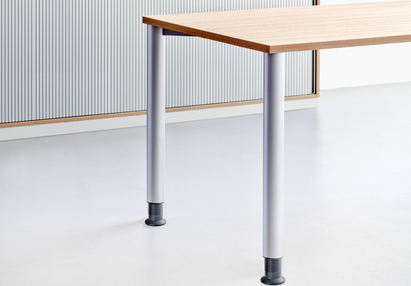 Schreibtisch, Schreibtische, Bürotische: Reiss Standard